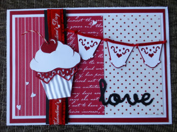 Card JI Valentine cupcake